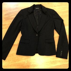 Tahari black suit jacket size 4